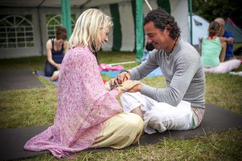 yoga festival terschelling camping de kooi yogavakantie yogaretreat vrijwilligers team tantra coco bliss