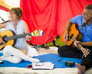 mantra muziek yoga festival terschelling yogavakantie yogaretreat